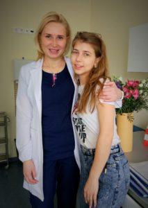 Татьяна,  24 года.  Зрение 100% на следующий день после лазерной коррекции SMILE :-)